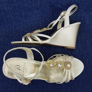 Adrianna Papell Kristen Wedge Dress Sandals Pearl